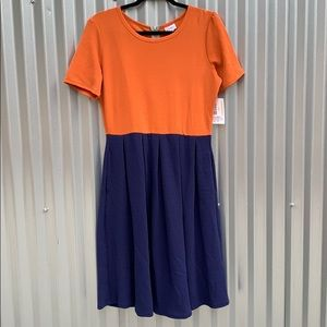 NWT Lularoe 2 Toned Amelia Day Dress Large